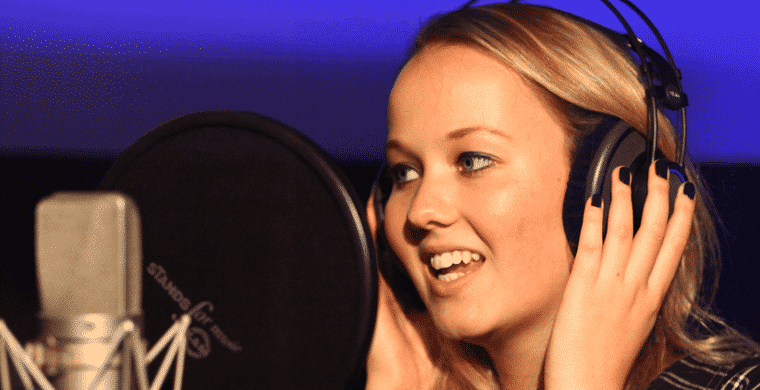 Pauleen im TubeRecords Tonstudio